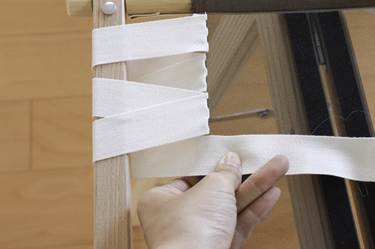 刺繍枠の張り方、布テープ10