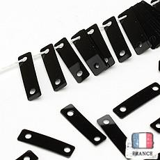 【糸通しスパンコール】2.5x9mm長方形 ブラック