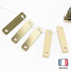 【 糸通しスパンコール 】3x12mm長方形 メタリックペールゴールド